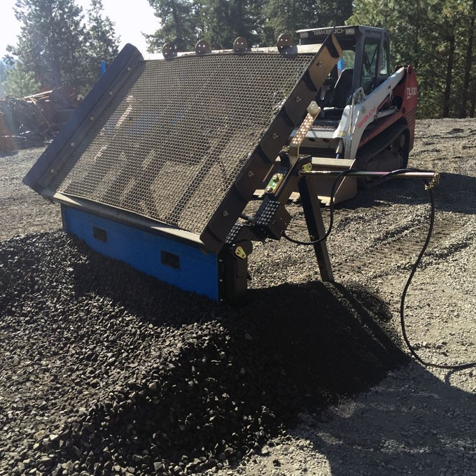 small_loader_with_topsoil_screener